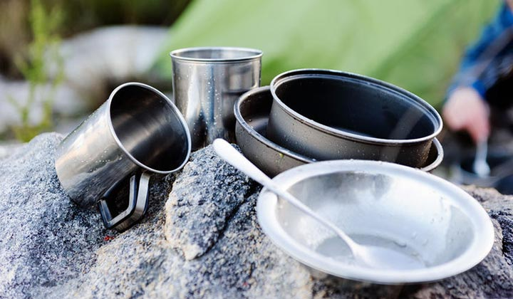 Drying your washed dishes for Camping