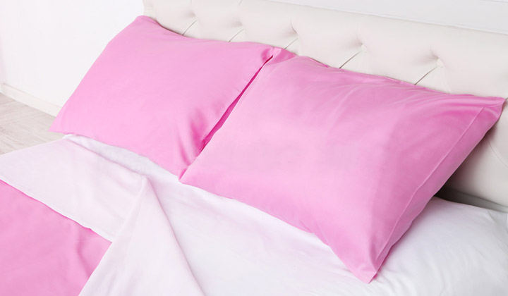 How To Keep Bed Pillows Smelling Fresh